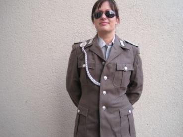 fetisch uniform frau